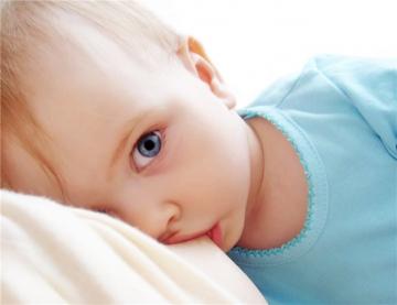 Как и когда отучать ребенка от груди
