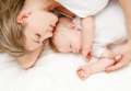 Мама может заразить младенца стрессом